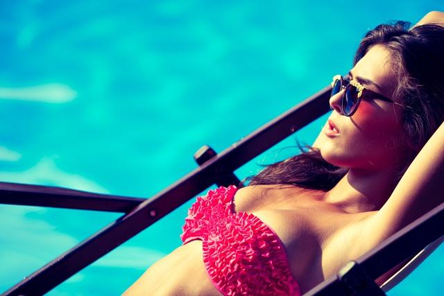 mantener bronceado tras verano piscina